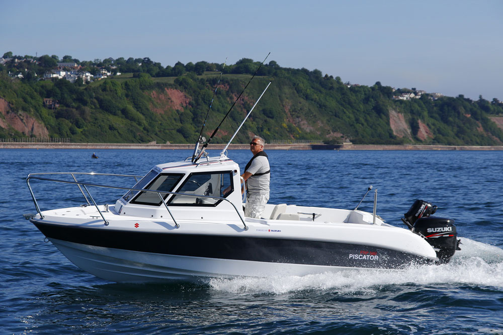 Piscator 580: bargain powerboats