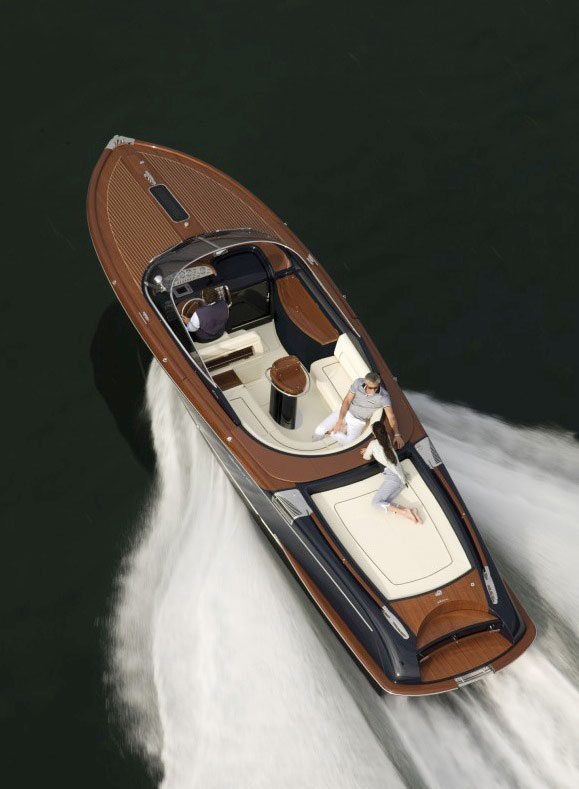 Powerboat bucket list: best boats to drive: Riva