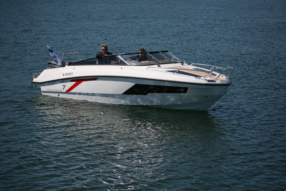 Finnmaster T7: best first powerboat