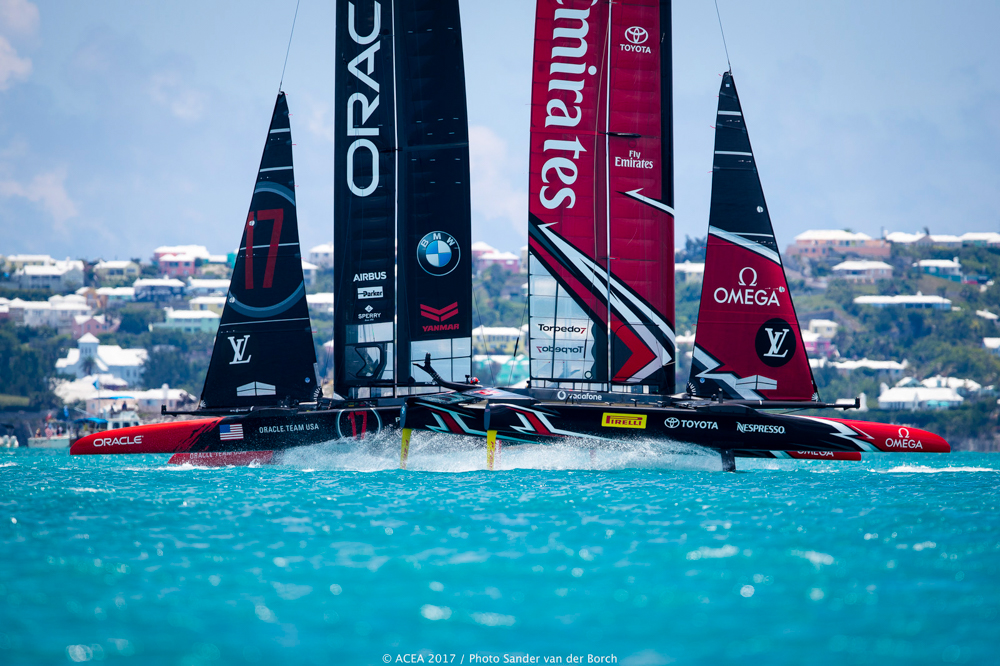 Team New Zealand and oracle 35thAmerica's Cup