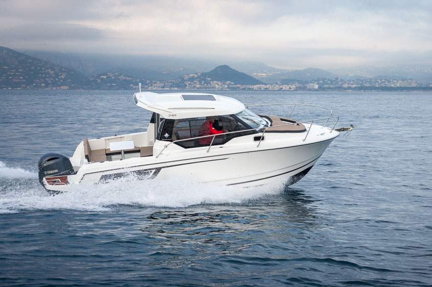 Boat test: Jeanneau Merry Fisher 795