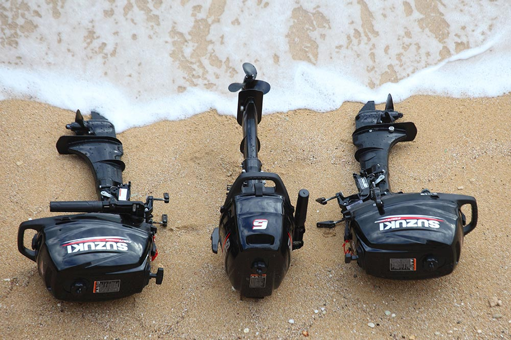 Suzuki portable outboard engines
