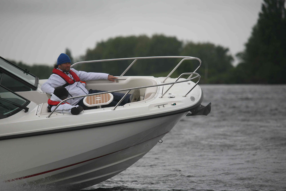 How to assess a boat's suitability during a sea trial