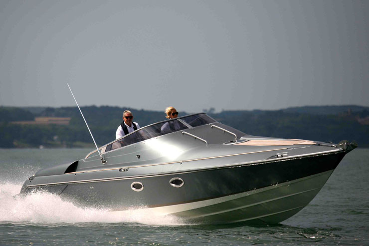 Hunton XRS37: Express cruisers