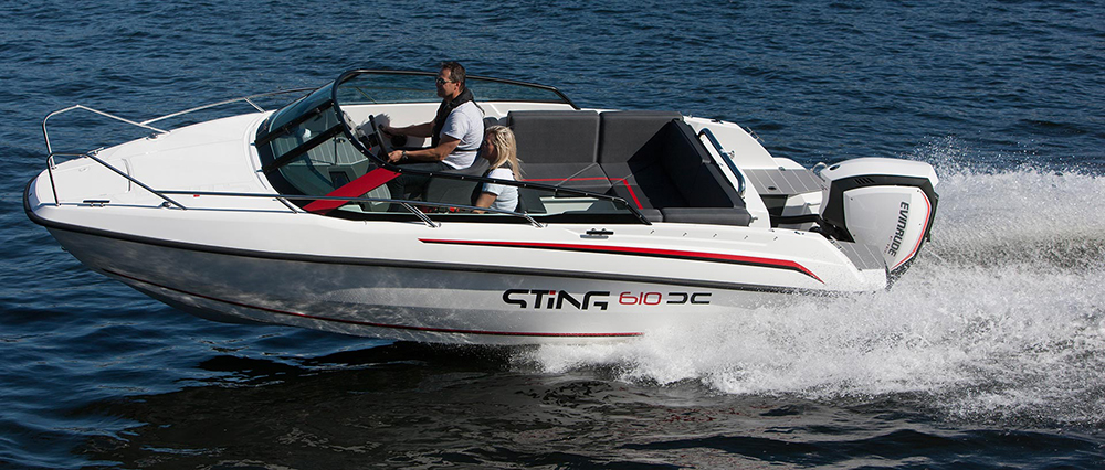 Sting 610 cuddy cabin powerboat