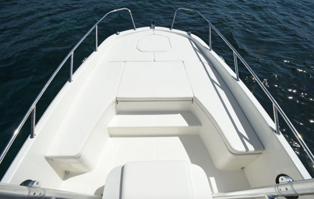 Bayliner Element CC7 bow