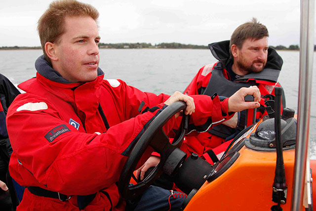 Tuition is a great way to find out whether powerboating is for you.
