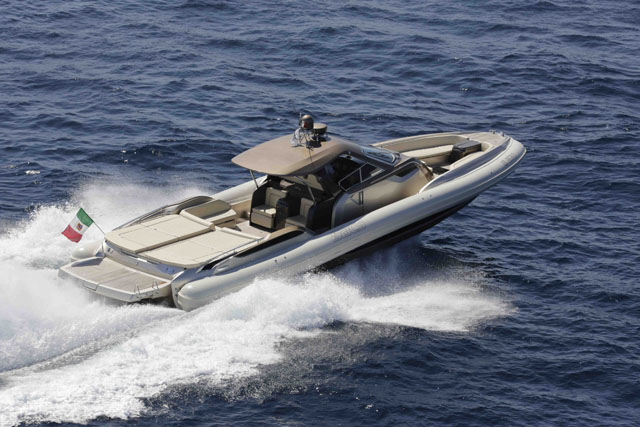SACS Strider 18 : boats to impress