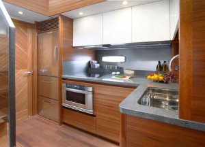 Sealine F48 below decks
