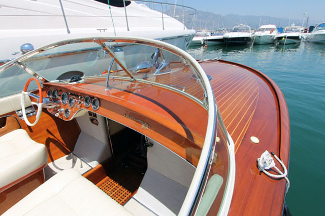 Classic Riva - boats to impress