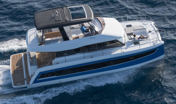 Foutaine Pajot MY44 powercat