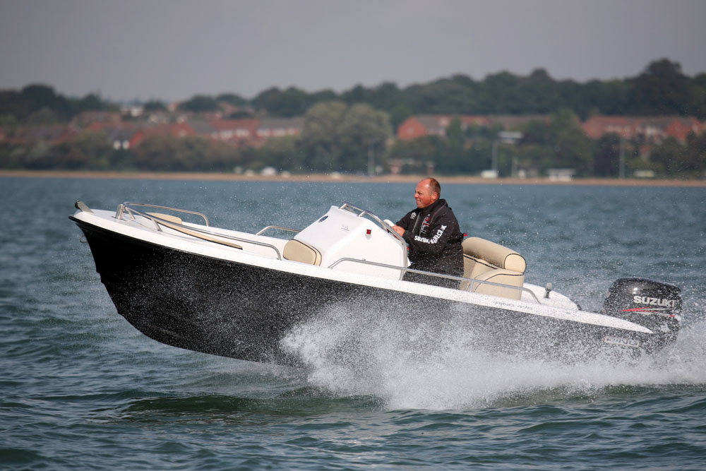 Ring 475: best first powerboat
