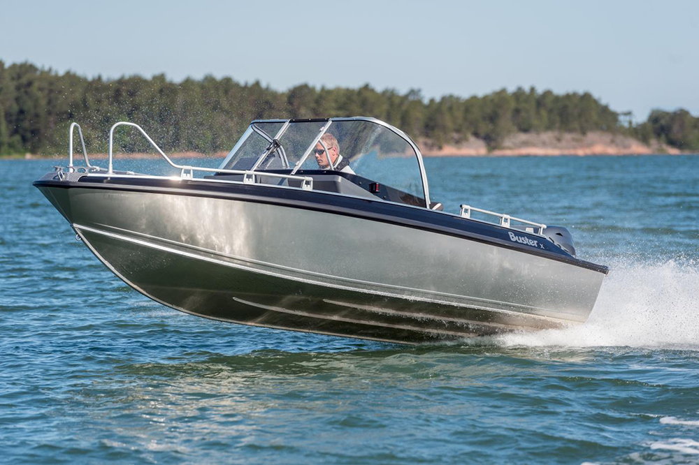 Budget powerboats: Buster X