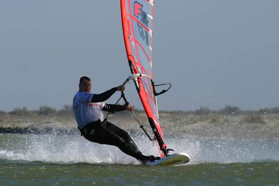 Top Watersports: windsurfing