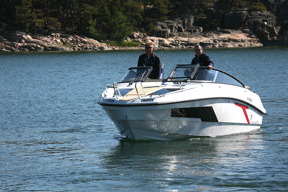 Powerboats at Southampton: Finnmaster T7