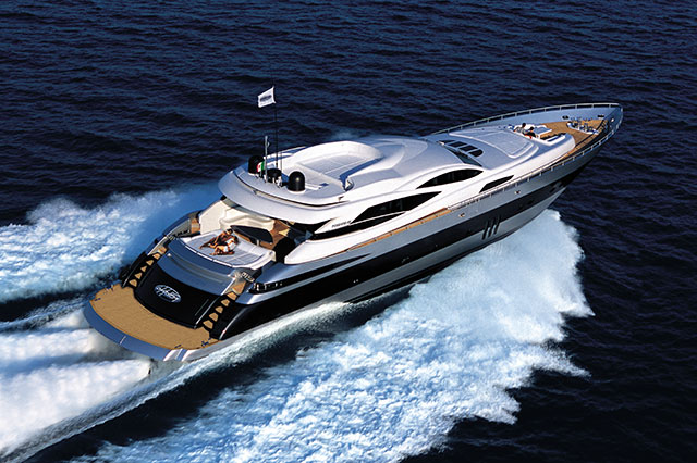 Powerboat bucket list: best boats to drive: Pershing 115