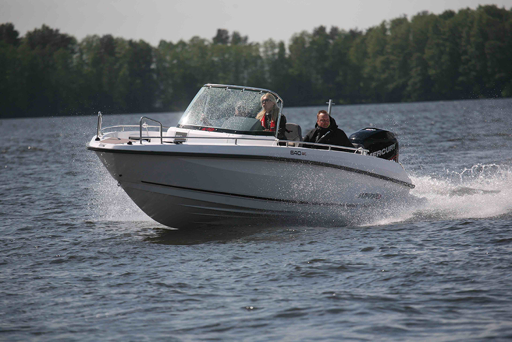20-foot powerboats Flipper 640