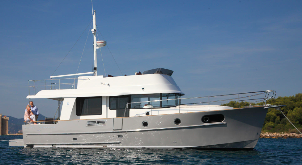 Houseboats: Beneteau's Swift Trawler 44