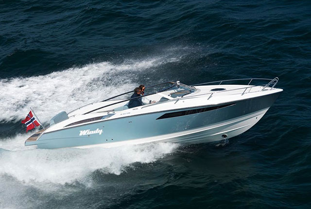 Powerboat bucket list: best boats to drive: Windy 31 Zonda