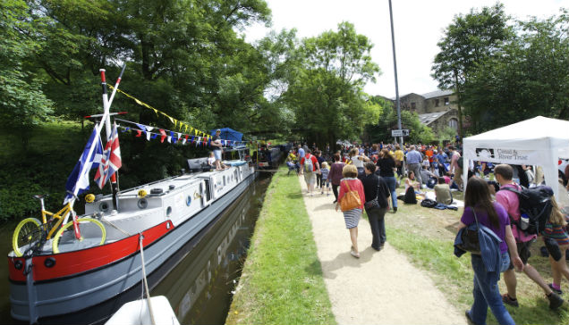 Rugby to Oxford: top UK canal holiday destinations