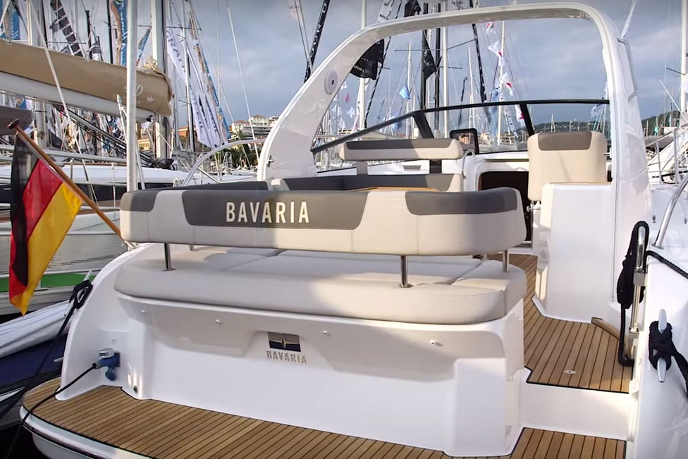 Bavaria Sport 330 Open video: first look