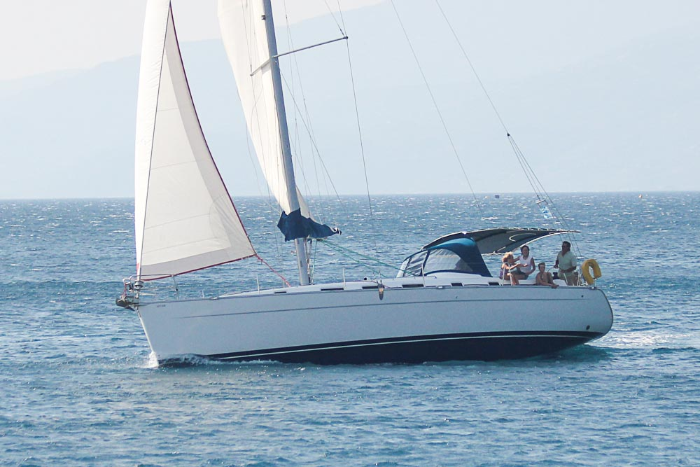 Beneteau Cyclades 43: top charter yachts