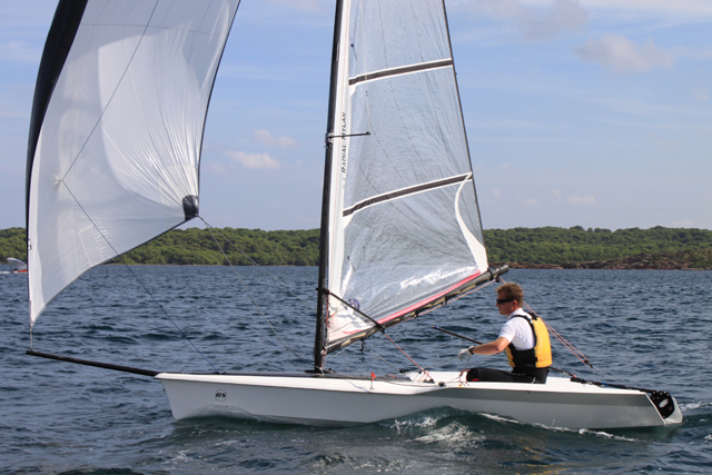 RS100 review - boats.com