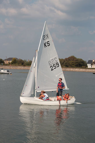 Keyhaven scow sailing – choosing a Yacht Club