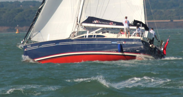 Southerly 42 RST – deep draught lifting keel