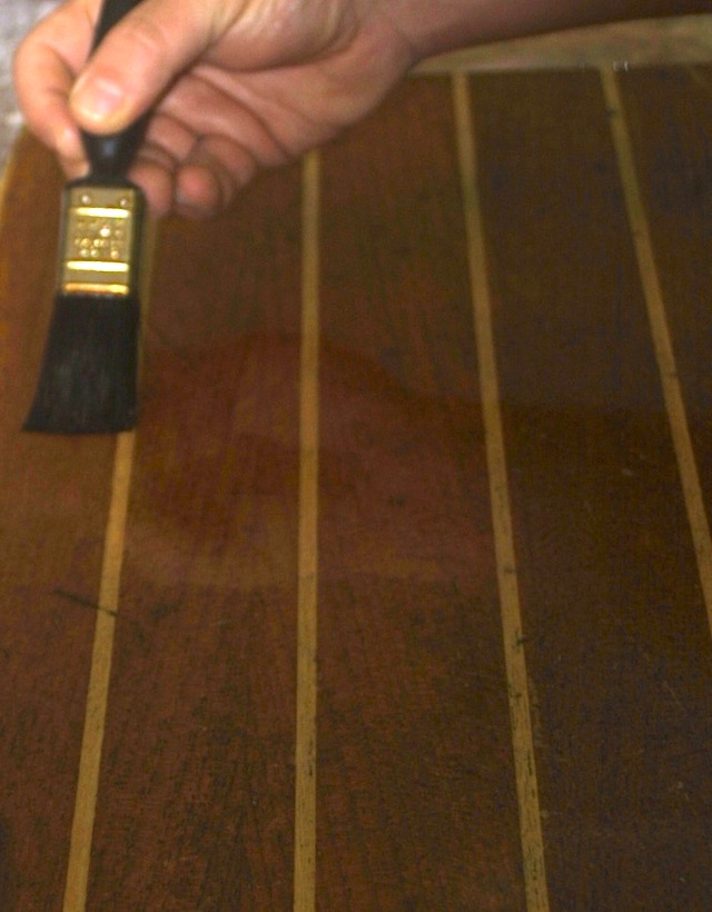 Applying varnish