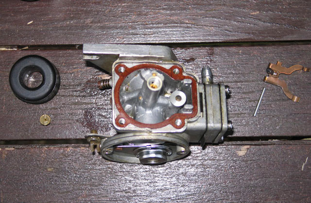 Dismantling the carburetor