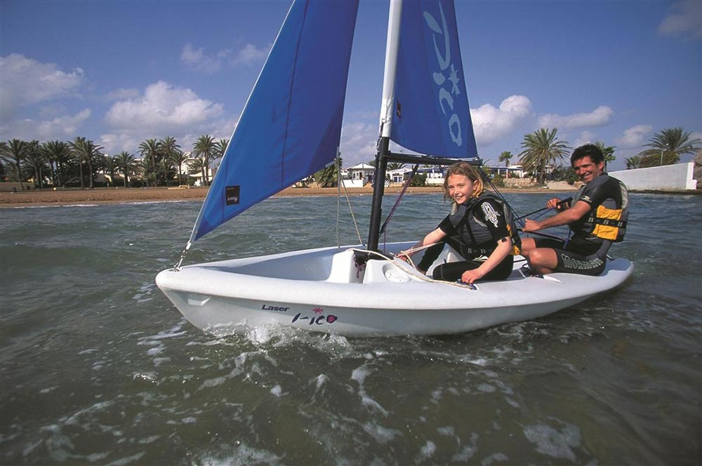 Laser Pico: best dinghies for kids