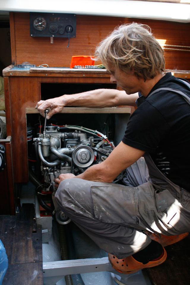 Laying up: Engine maintainance