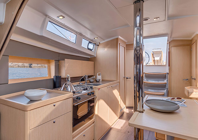 Beneteau Oceanis 38 galley