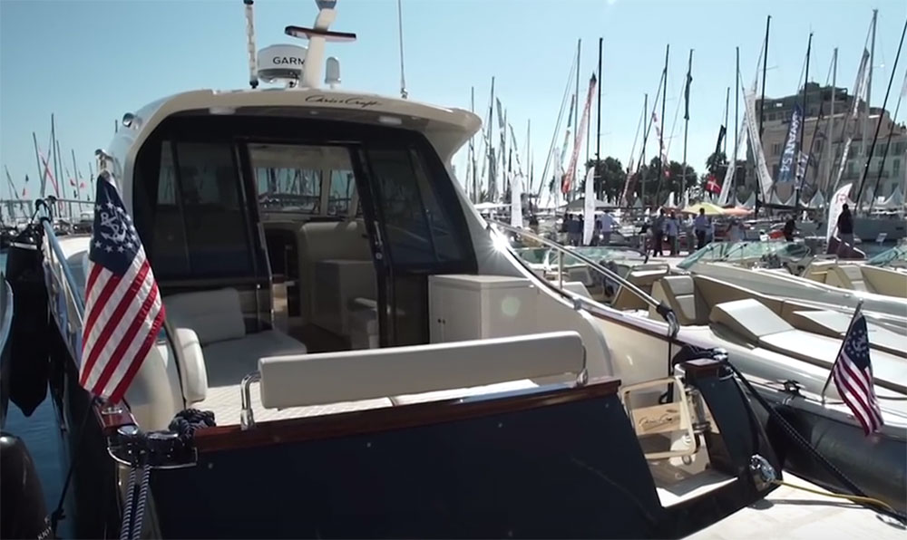 Chris-Craft Commander 42: First Look Video