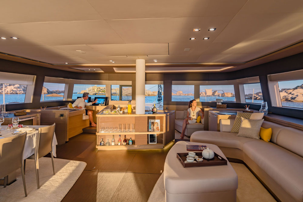Lagoon SEVENTY 7 below decks