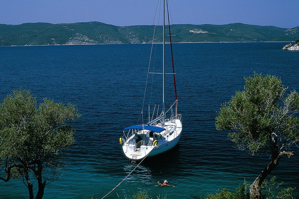 Yacht at anchor in the Ionian photo Sunsail