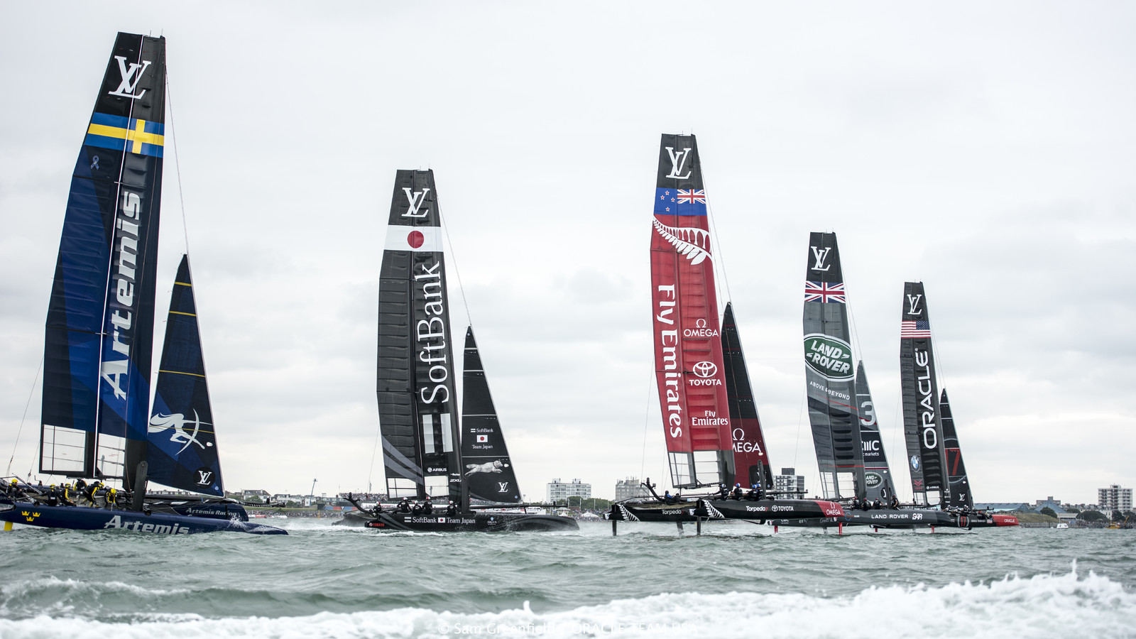 Super Sunday Race Day at Louis Vuitton America's Cup World Series Chicago