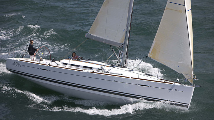 Perry Design Review: Beneteau First 40.7