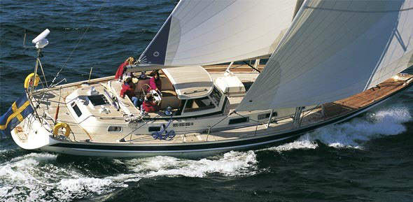 Perry Design Review: Hallberg-Rassy 53