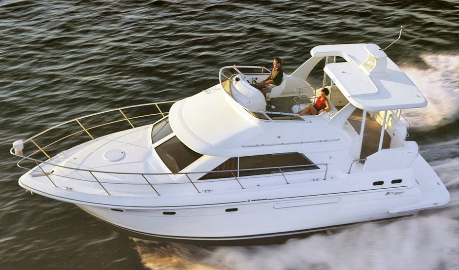 Cruisers Yachts 3650 Used Boat Review Boats Com