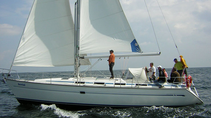 Perry Design Review: Bavaria 42