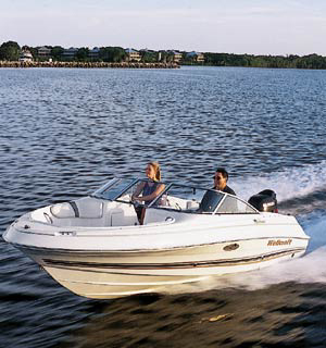Top speed for the Wellcraft 180 Sportsman with the Suzuki 140 was a respectable 41.7 mph.