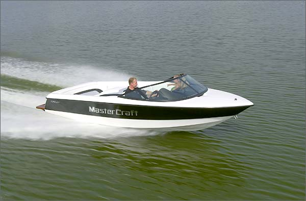 MasterCraft ProStar 19 Skier: Clean and Classic