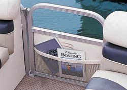 A transom gate simplifies boating and debarking.