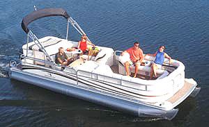 The 2575 RLX is the top-of-the-line model in Bennington's deluxe pontoon series.