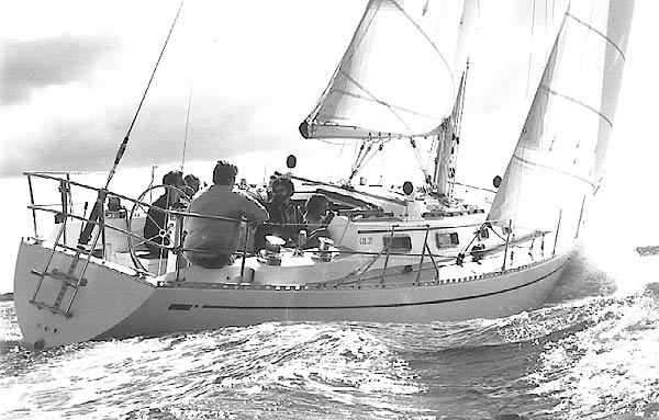 Cal 39: Offshore Dreaming - boats com