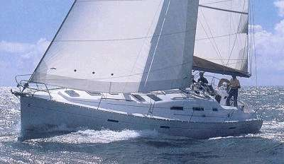 Beneteau Oceanis 393, Powerful Passagemaker