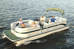 The 25 Legend Sport Dek handles like a hybrid between a pontoon boat and a deckboat.