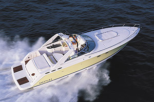 Donzi 39ZSC: Powerboat Profile